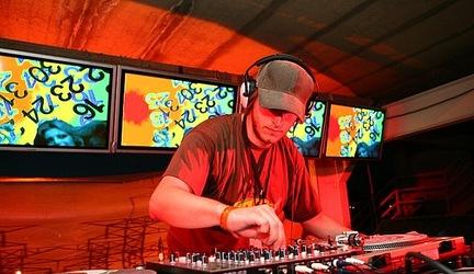 DJ BROOKLYN / JUANITA JUAREZ