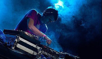 Michael Kelso - Live @ SIGNAll FM (2011-02-13)