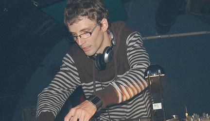 DJ Ultra / Ultraviolet